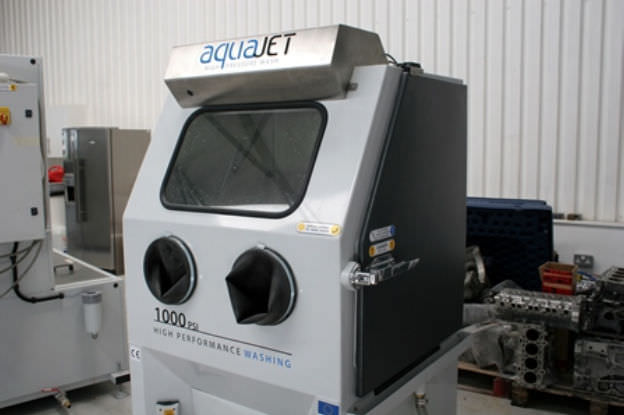 Aqueous washing machine / water-jet / machine Aquajet