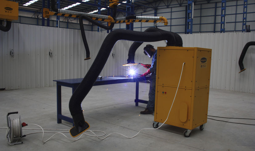 Welding fume extractor / with self-cleaning filter 1 200 – 3 000 m³/h