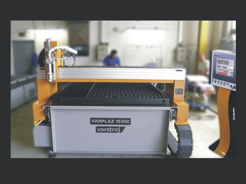 VARPLAZ series Plasma cutting machine / CNC 0.5 – 15 mm, max. 25 000 mm/min